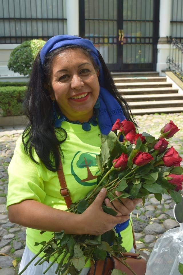 ¡Y fuimos regalando rosas!